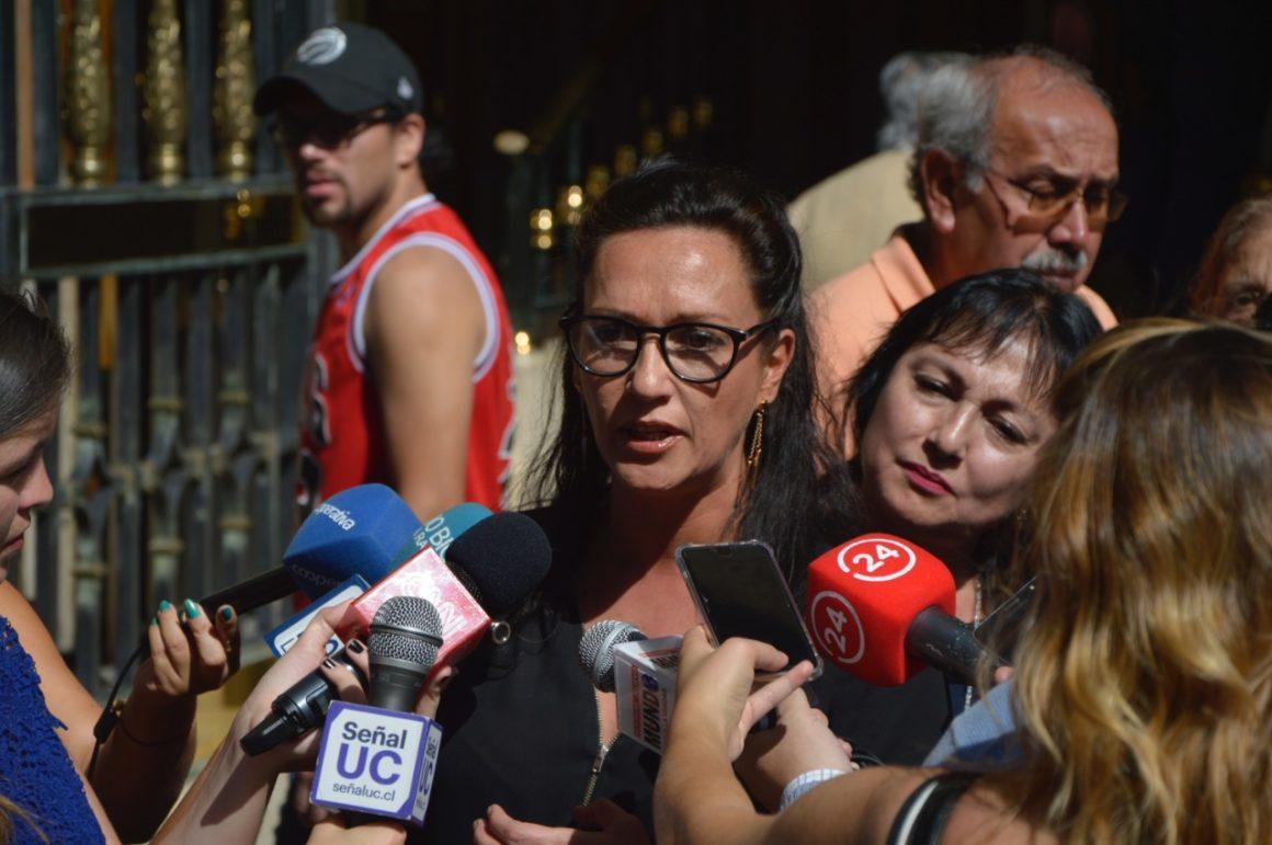 Diputada Santibáñez solicita a Ministerio de Salud antecedentes que relacionan el aumento de VIH con la migración