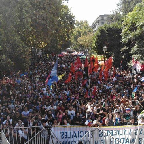 [El Ciudadano] Artistas cantaron en Santiago en rechazo al intervencionismo de Prosur