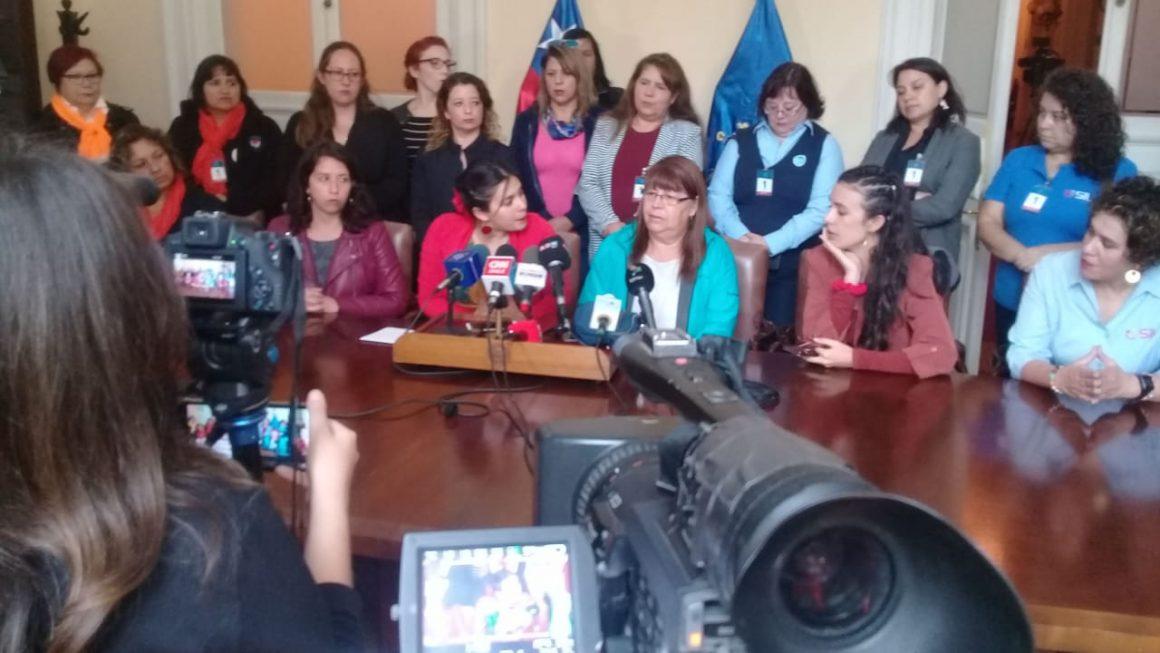"""Marcia Millaqueo: """"No podemos permitir que la alimentación de nuestros niños y niñas quede a la libre interpretación de Piñera"""""""