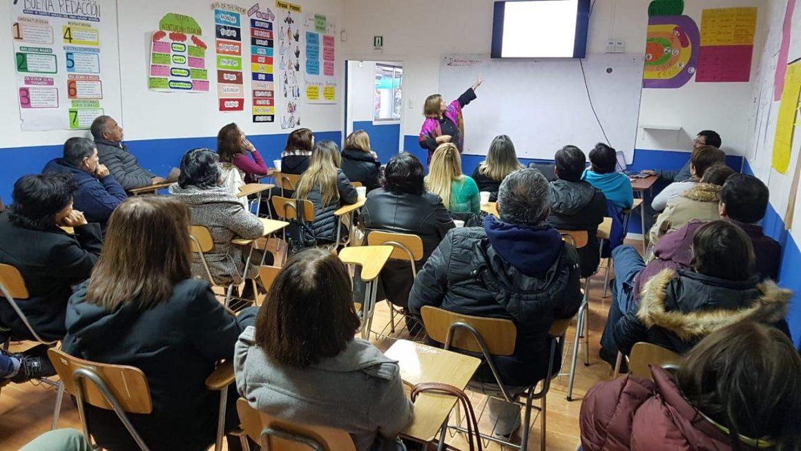 Mujeres de oposición de Ñuble debaten sobre letra chica de reforma a la salud