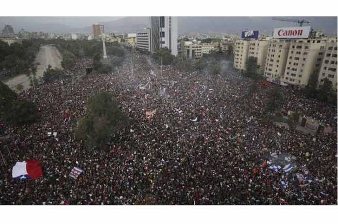 [Crónica Digital] La intervención extranjera en el origen de las protestas ciudadanas en Chile