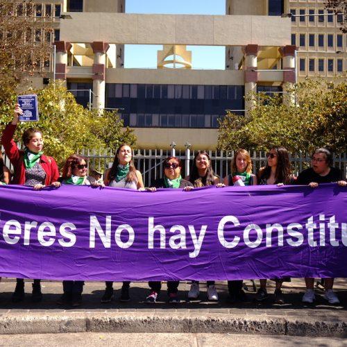 Activa exigencia de las mujeres de oposición por la paridad de género. El Senado tiene la palabra