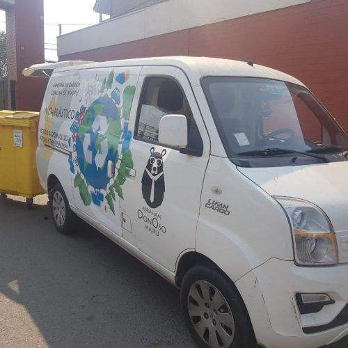 """[LVDM] El """"Donoso Móvil"""": 10 meses reciclando plástico en Maipú"""