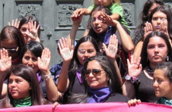 Columna | Convivir entre pandemias: violencia contra las mujeres en contextos de cuarentena