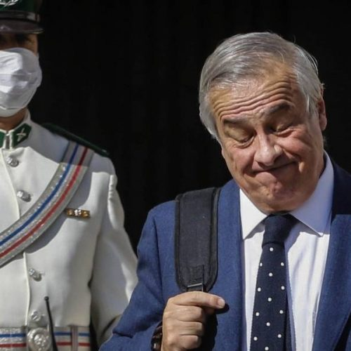 [Publimetro] Senador Alejandro Navarro ingresa denuncia contra ex ministro de Salud Jaime Mañalich