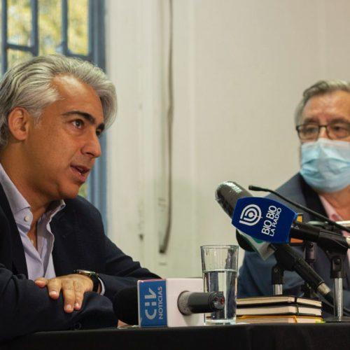 """Enríquez-Ominami y Guillier emplazan a las fuerzas opositoras: """"Qué parte de lo ocurrido el 18 de octubre no entendieron"""""""