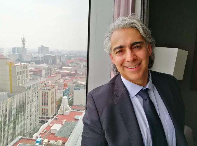[La Opinión] El Fogón de Hispanic LA: Chile y América Latina en Marco Enríquez-Ominami y un panel de lujo