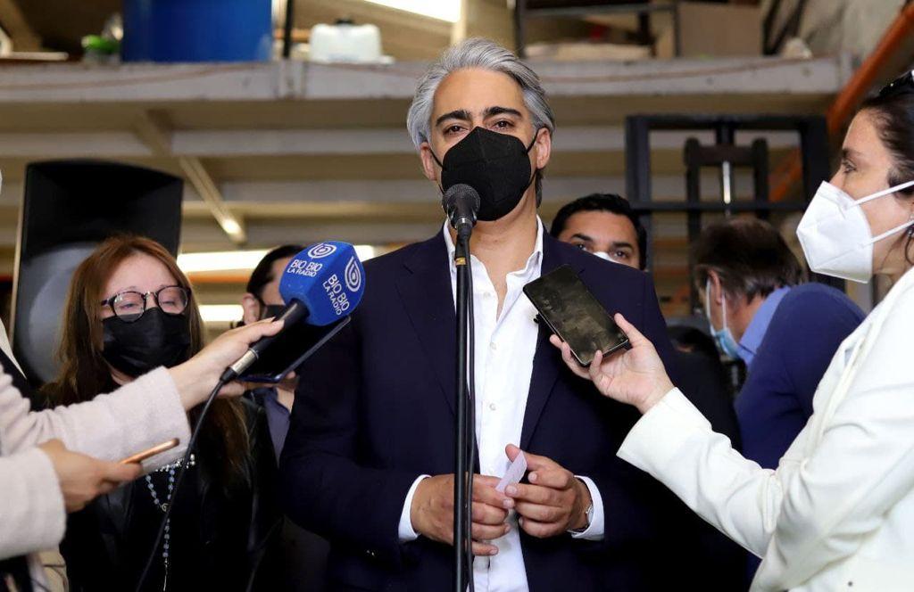 PRO acusa a Enagro de vetar candidatura de Enríquez-Ominami tras excluirlo del debate